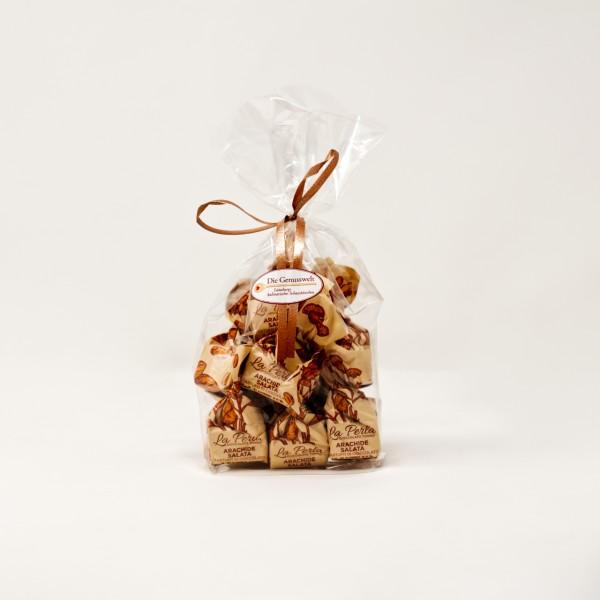 Trüffel mit gesalzenen Erdnüssen (Tüte mit 10 Stück)